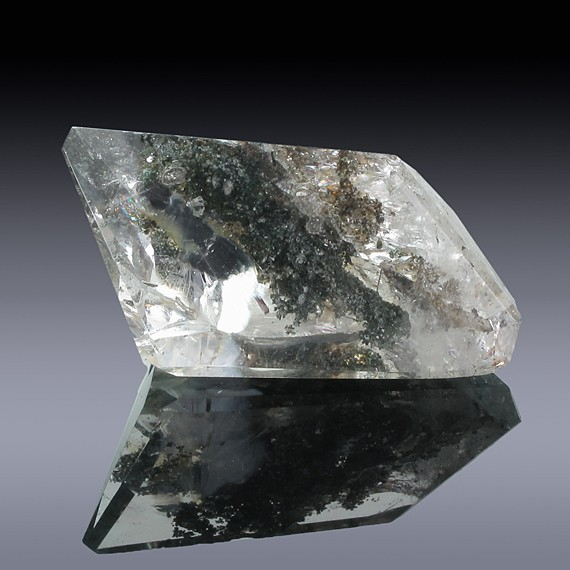 41.20ct Chlorite Quartz Crystal35mm x 17mm x 10mm-41.20ct-30
